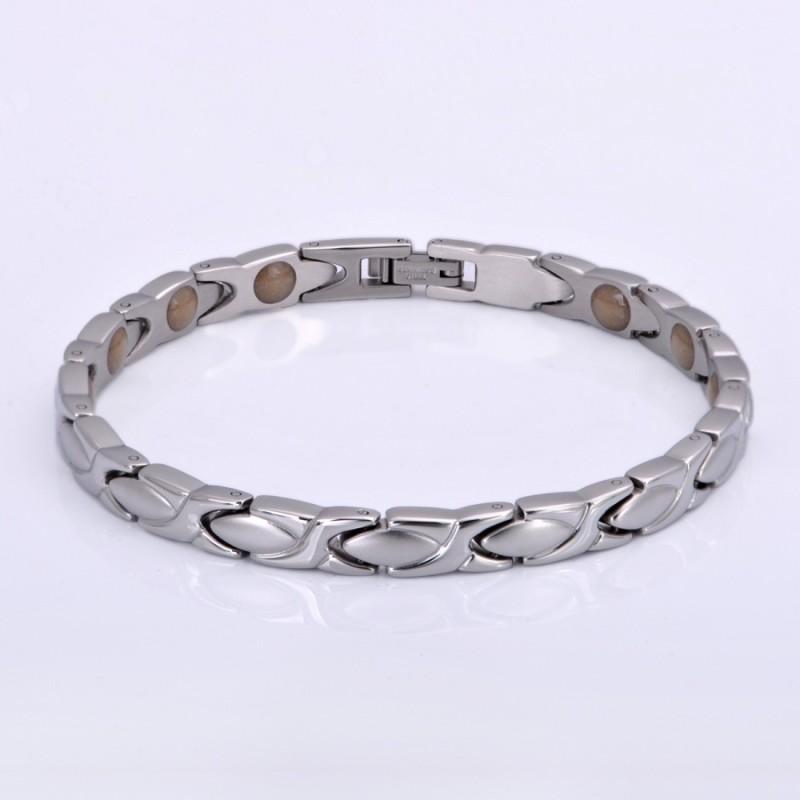 Adonia Silver Titanium